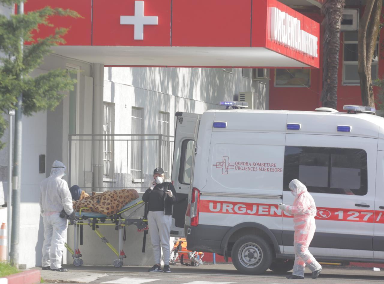 E FUNDIT/ E hëna e zezë, 17 viktima dhe 795 raste të reja me koronavirus