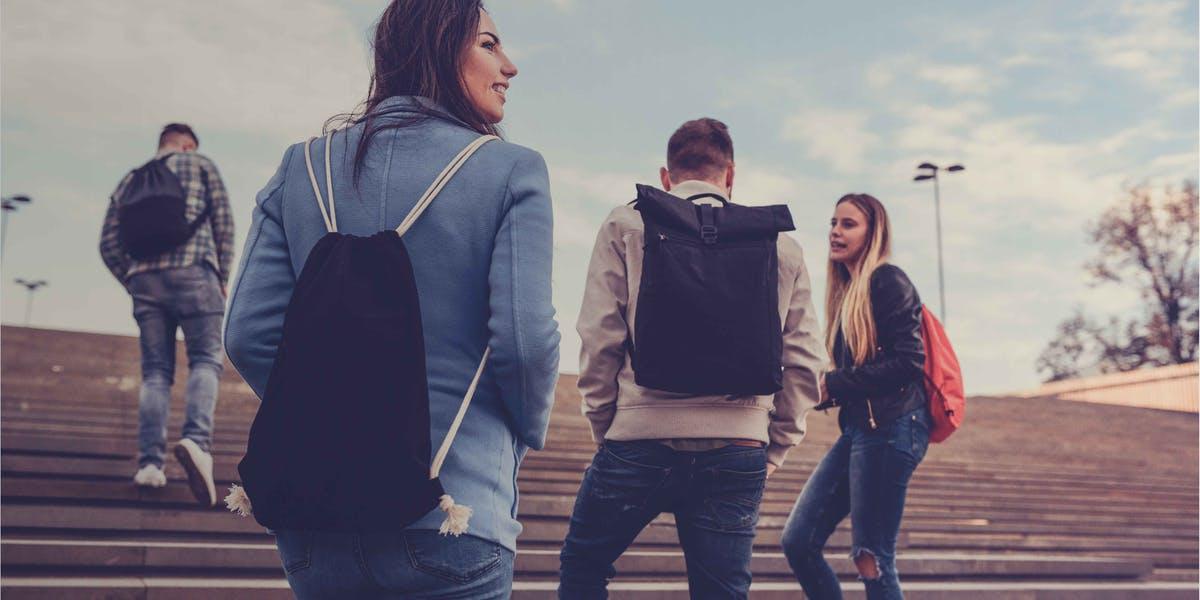 Anketa e madhe me studentët, 79% duan të emigrojnë