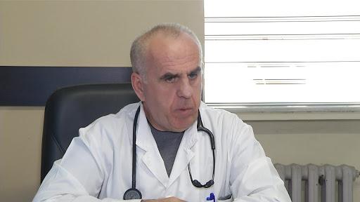 COVID-19/ Pipero tregon simptomat: Infektimi pas vaksinës shtron shumë pikëpyetje
